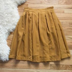 Anthropologie Comme Toi Mustard Pleated Mi…
